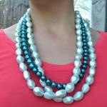 Teal and Mint Pearl necklac..